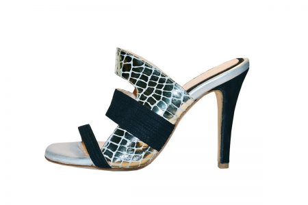 Omega sandal